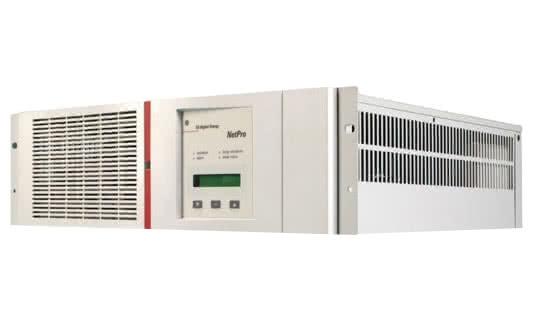 UPS ON-LINE Netpro 3000VA / 1800W, Baterii noi